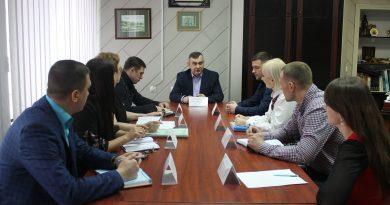 В Управлінні Держпраці у Полтавській області відбулось засідання круглого столу за участі фахівців, до компетенції яких належить здійснення державного ринкового нагляду